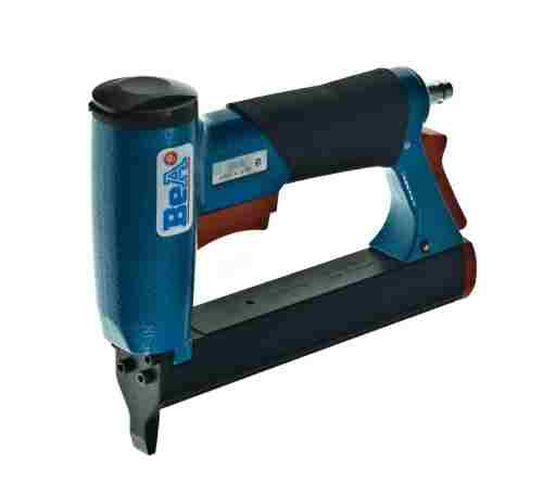 Medium and Heavy Wire Staplers