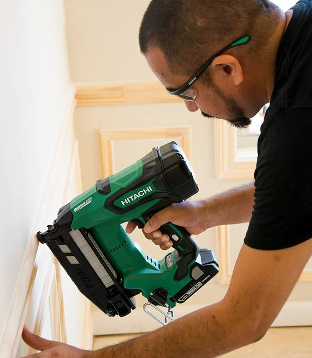 Hitachi Cordless Finish Nail Gun