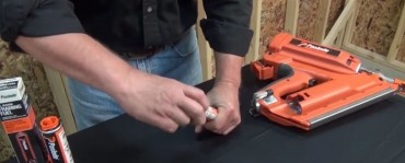 Video: Test Driving The Paslode CF325XP Cordless Framing Nailer