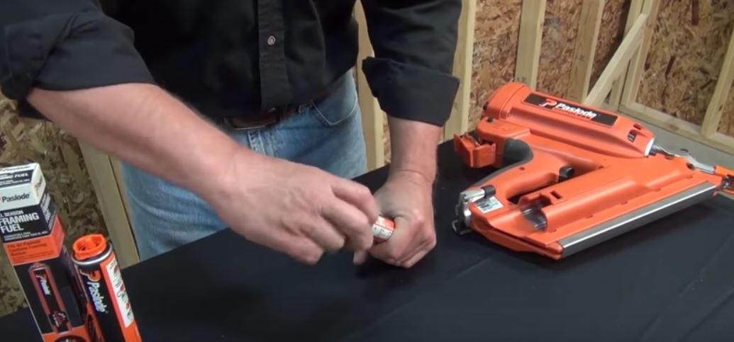 Video Paslode Cf325xp Cordless Framing Nailer Demo Nail